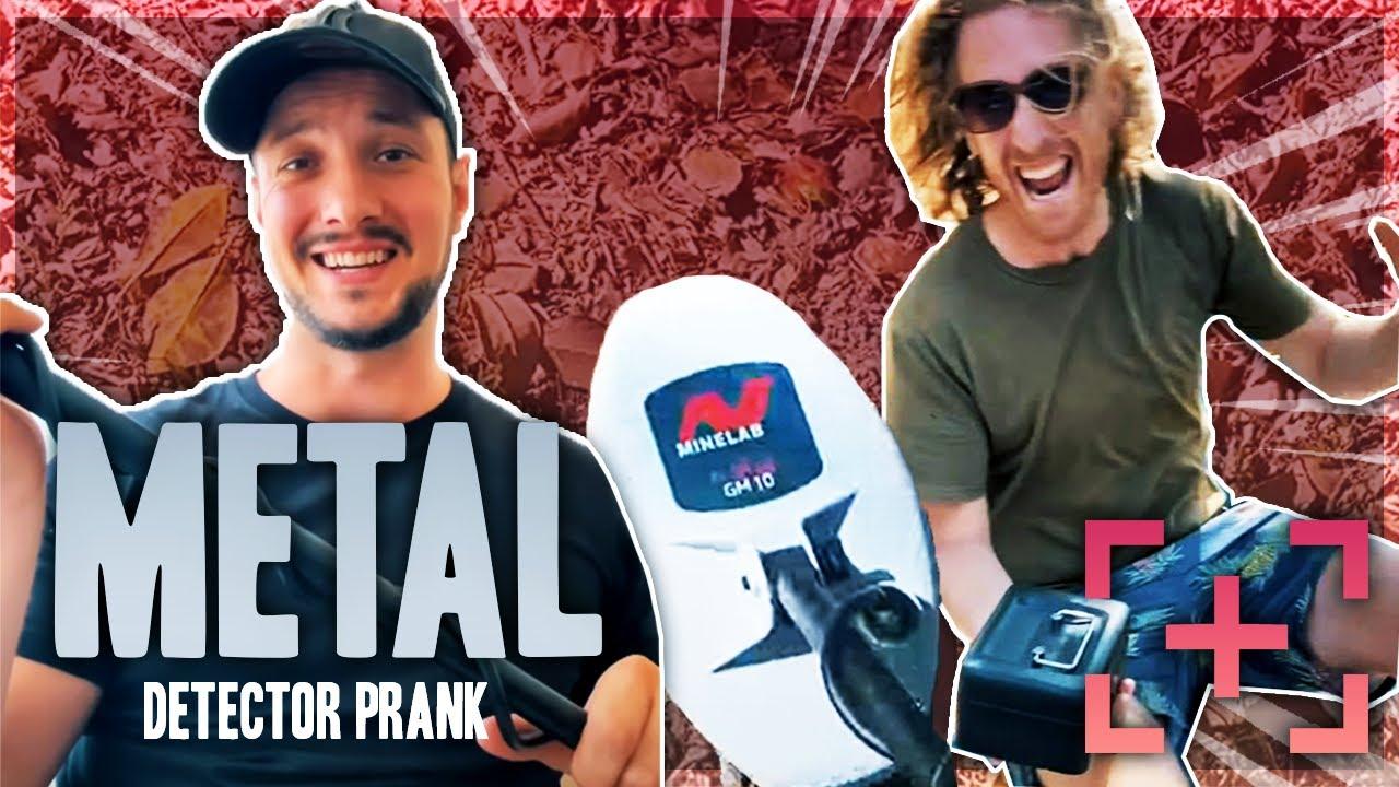 Metal Detector Prank!