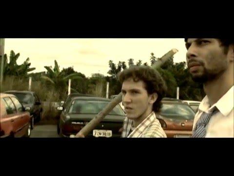 Sete Palmos Acima [Filme Completo]