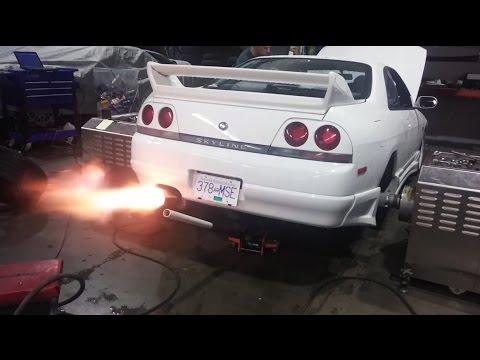 Nissan Skyline R33 GTST 250WHP Dyno Backfire/Shoot (Evolution Auto  Performance)