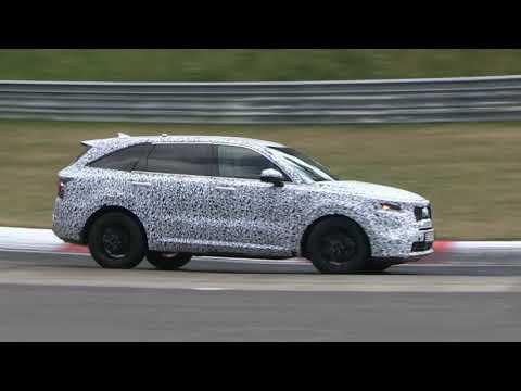 Watch the 2021 Kia Sorento attack the Nürburgring
