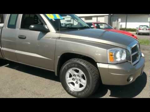 2007 Dodge Dakota SLT Quad Cab 4WD Pick-Up