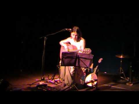Du traditionnel ancien à la scène underground actuelle russe - Irina Losseva en solo - IrinKa