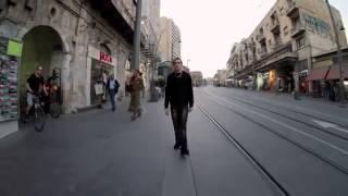 Прикольный дабстеп-клип с необычным эффектом перемотки