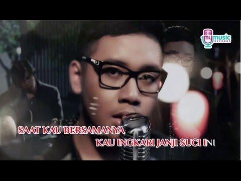 Marshall - Saat Kau Bersama Dia (Official Karaoke Video)