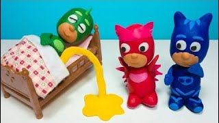 PJ Masks Bed Wetting Gekko Pee Owlette Catboy Play-Doh Episode Compilation