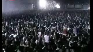 Bijelo Dugme - ( pljuni i zapjevaj moja jugoslavijo ) NAPILE SE ULICE 2005 HIPODROM