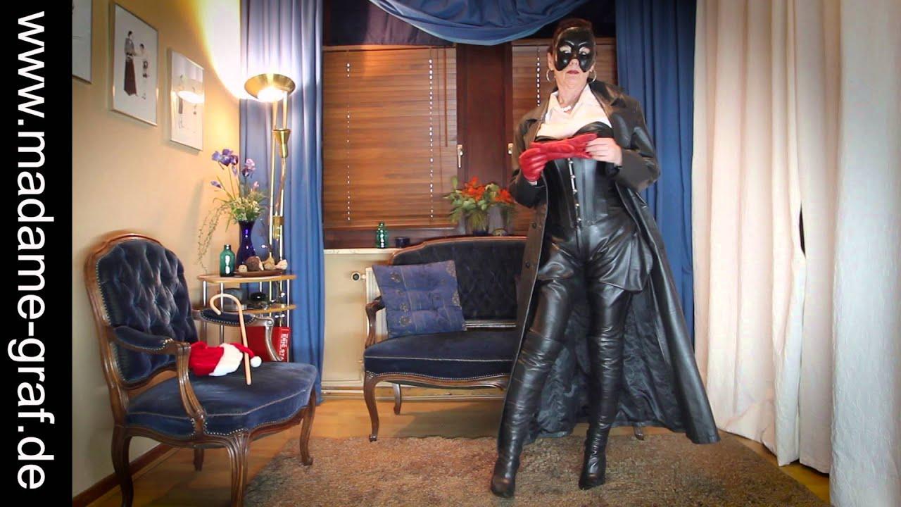 image Mature lady make a dealanal