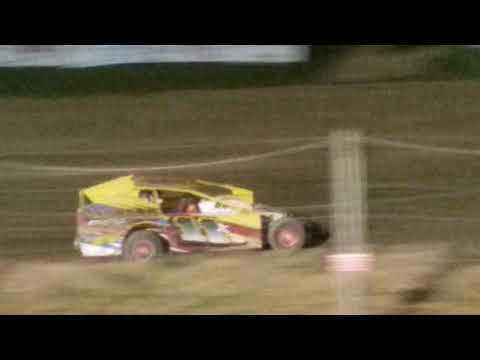 Cole Youse feature race in the 11X crate sportsman at Woodhull Raceway 9/30/2017