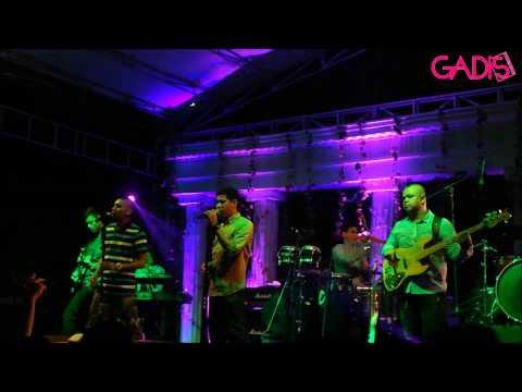 RAN - Begitu Saja (Live at Beverlys SMAK 3 BPK Penabur Jakarta)