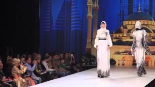 Показ Дома Моды Firdaws на Volvo неделя в Москве