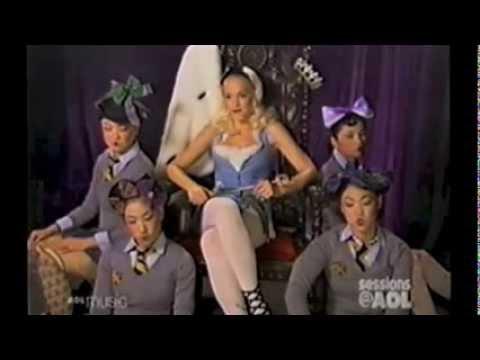 Gwen Stefani - Sessions @ AOL Interview (10/14/2004)