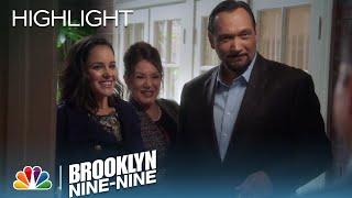 Brooklyn Nine-Nine - The Peraltas Meet The Santiagos (Episode Highlight)