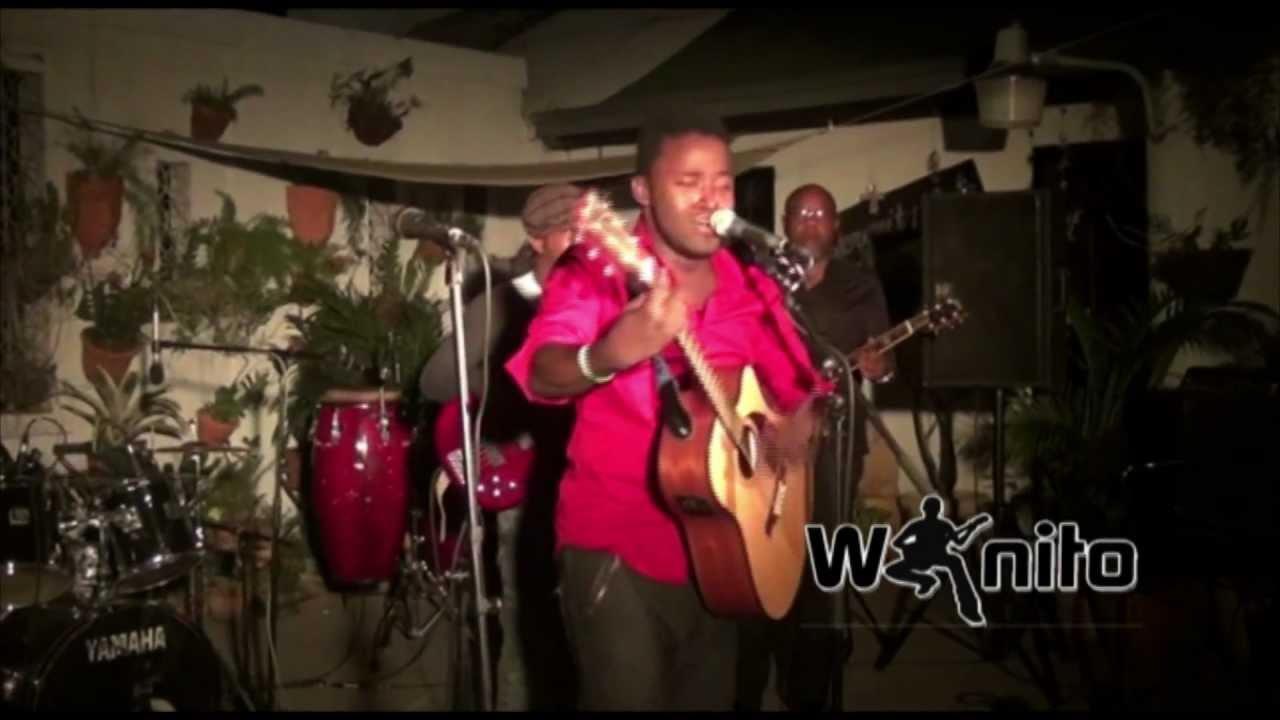 Wanito: Biyografi Mwen, Live @ Kay Atizan