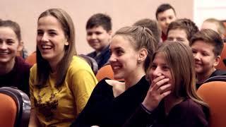 """Премьера фильма """"Дети футбола"""" в Ачинске"""