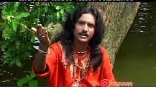 Manush Sara Khapa Re Tui Mul Harabi