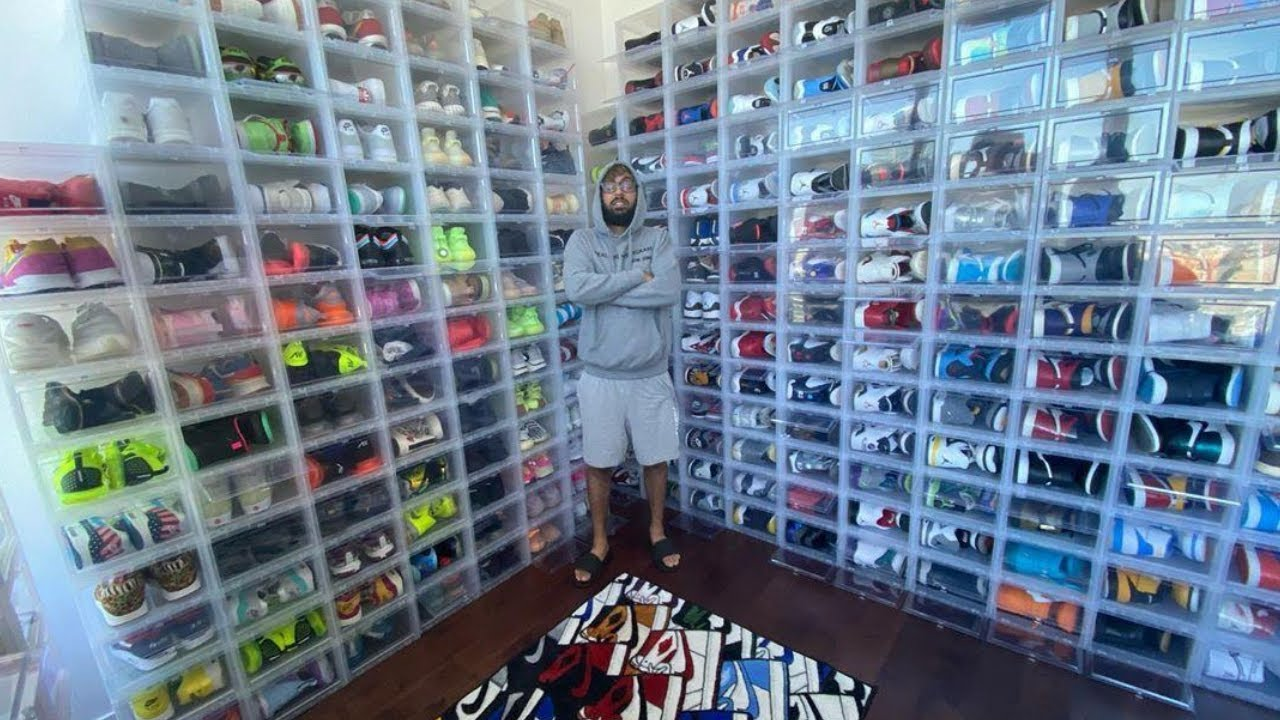 BUYING $250,000 WORTH OF SNEAKERS FROM A MILLIONAIRE!