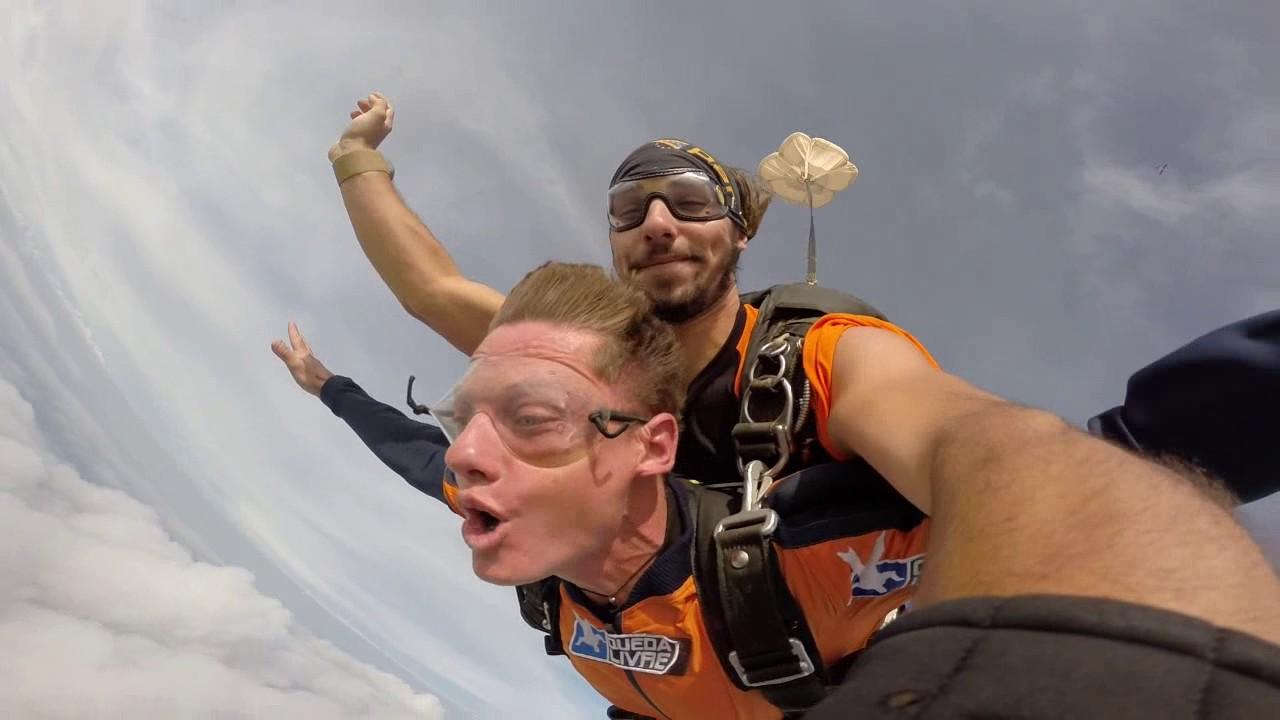 Salto de Paraquedas do Marcel na Queda Livre Paraquedismo 29 01 2017