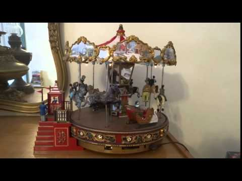 Russel Auction - Musical Christmas Carousel 2
