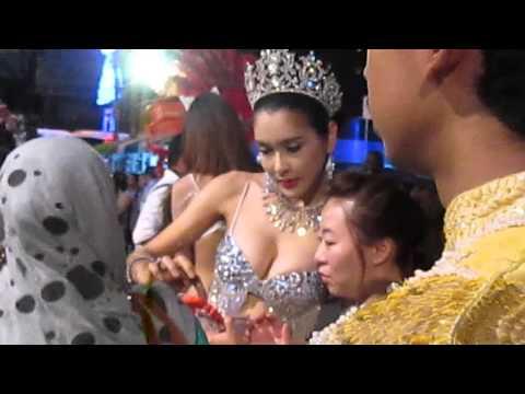 Du lịch Thái Lan - Hoa hậu chuyển giới
