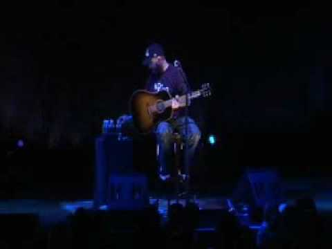 Aaron Lewis - Staind - Fill Me Up - Mohegan solo Acoustic