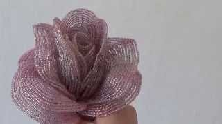Розовая роза из бисера ,делаем себе сами(, 2014-08-26T13:17:34.000Z)