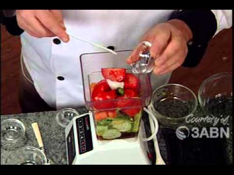 Quick And Easy Raw Food Lunch Recipe (Video)