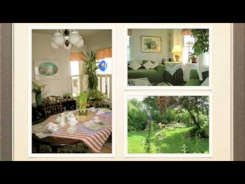 Bed & Breakfast in Marblehead, MA- The Pink House