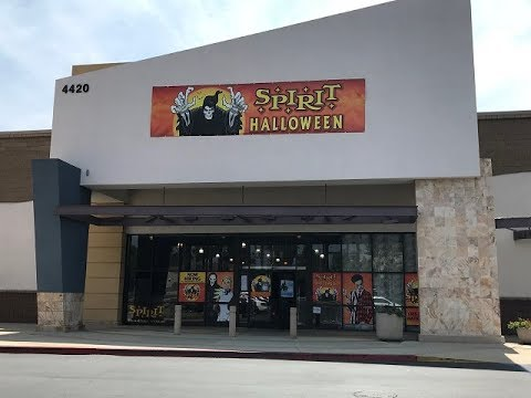 boo 2018 spirit halloween store tour on ontario parkway in