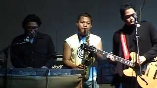 Sore - No Fruits for Today (Live at UPN Veteran, Yogyakarta 15/04/2006)