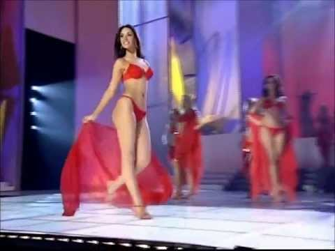 Amelia Vega ( Dominican Republic ) Miss Universe 2003 - Swimsuit Competition