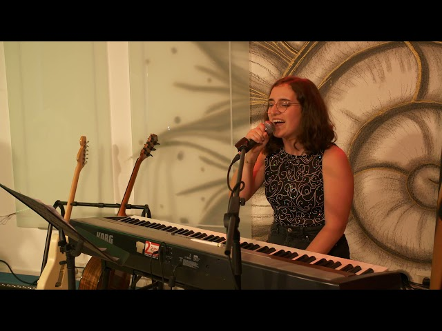 Maia Roos - Chasing pavements | Streaming-Area Eröffnung | 2. Chance Saarland