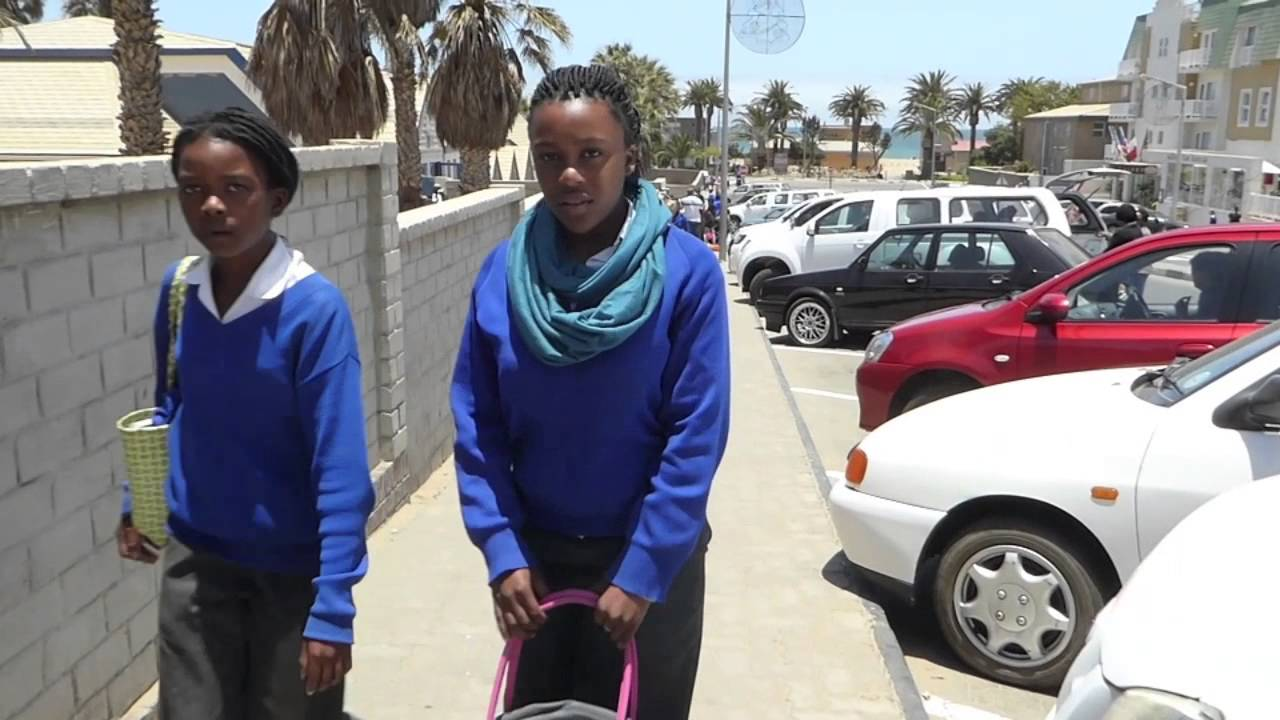 sawkopmund - lunch break namib primary school