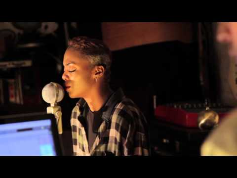 One Bomb - Make Me Feel feat Georgia Copeland (Live Version)