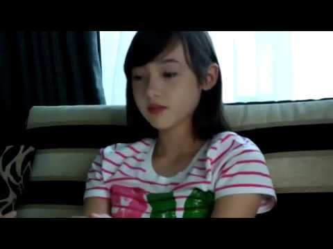 Cô gái xinh đẹp Thái Lan hát bài Zombie