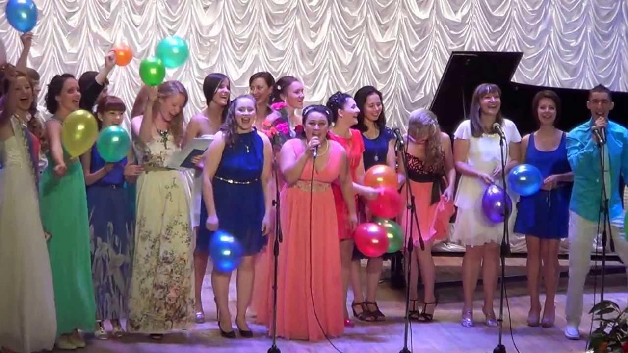 b3cf0b579591152 Финальная песня выпускного вечера в Музыкальном колледже им. Архангельского  - YouTube