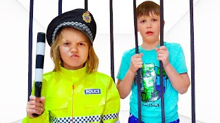 Katy and Max pretend play police