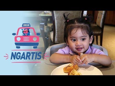 NGARTIS: Venna Melinda-Vania Goes to Makassar   Vania Sudah Bisa Makan Sendiri - Episode 32