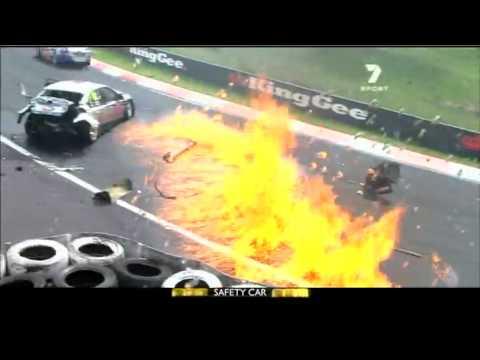 Official 2011 Supercheap Auto Bathurst 1000 Action Highlights