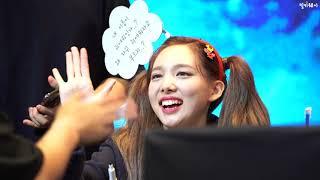 """190929 나연(Nayeon) 직캠, 트와이스(TWICE) """"Feel Special"""" 팬사인회 @여의도 글…"""