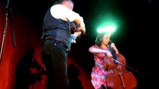 Alasdair Fraser & Natalie Haas - Highlander's Farewell To Ireland