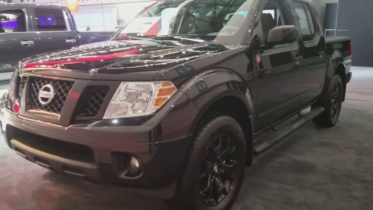 2018 Nissan Frontier Midnight Edition First Look Inside