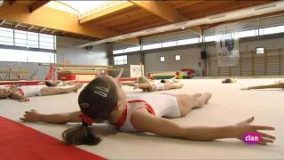 Repeat youtube video Lazy Town Extra 03. Acrobacias divertidas (Español) Magnus Scheving