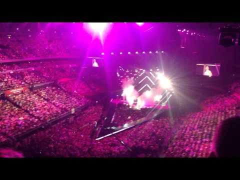 Katy Perry - Roar - Live in Sydney Australia 13 December, 2014