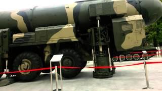 Военная мощь России( Бук,Тополь и др)
