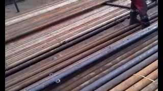 КРС. Фрагмент из жизни бригады КРС(В данном видео можно увидеть совсем маленький кусочек из