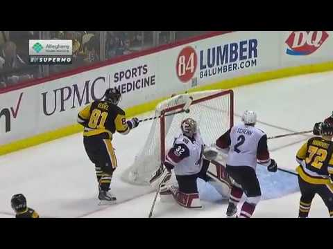 Evgeni Malkin helps Phil Kessel bats rebound for goal (2017)