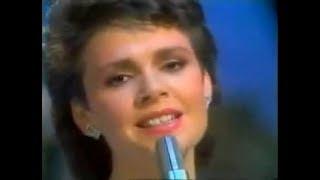 DANA #17 - Little Things Mean a Lot 1985
