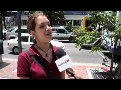 Matias baja a buscar a Yanina - Despedida De Solteros Diario de YouTube · Duración:  4 minutos 34 segundos
