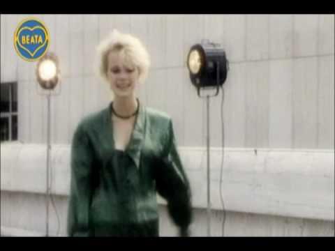Beáta Dubasová - Dievča z reklamy  - clip