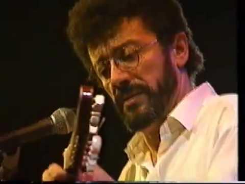 """Matoub Lounès: Extrait d'un concert très rare """"Janivier 1998"""""""